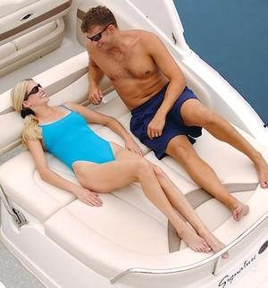 make model boat rental in Chicago, IL