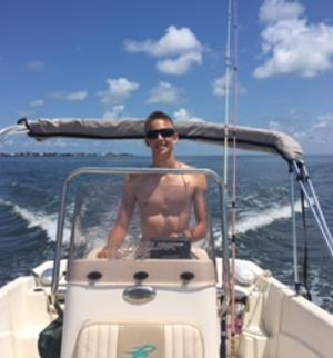 make model boat rental in Palmetto, Florida
