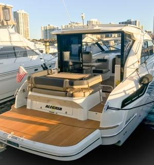 length make model boat for rent Boca Raton
