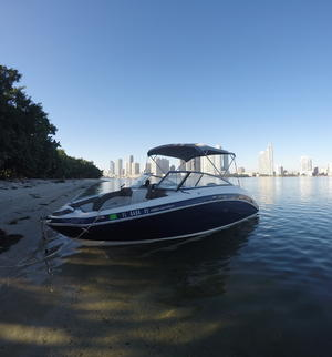 type of boat rental in Sunny Isles Beach, FL