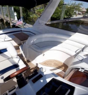 type of boat rental in Aventura, FL