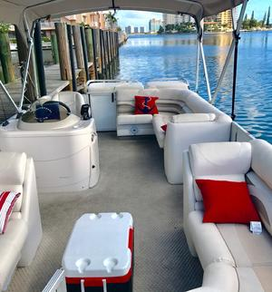 make model boat rental in Sunny Isles Beach, FL