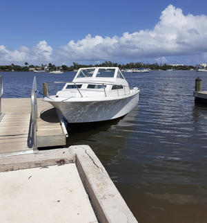 length make model boat for rent North Miami Beach