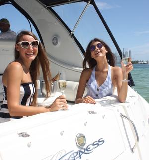 type of boat rental in Hallandale Beach, FL