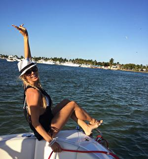 make model boat rental in Dania Beach, Florida