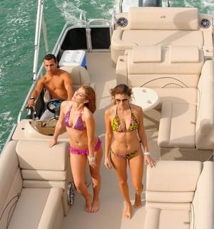length make model boat rental Miami, FL