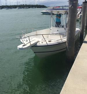 type of boat rental in Miami Lakes, FL